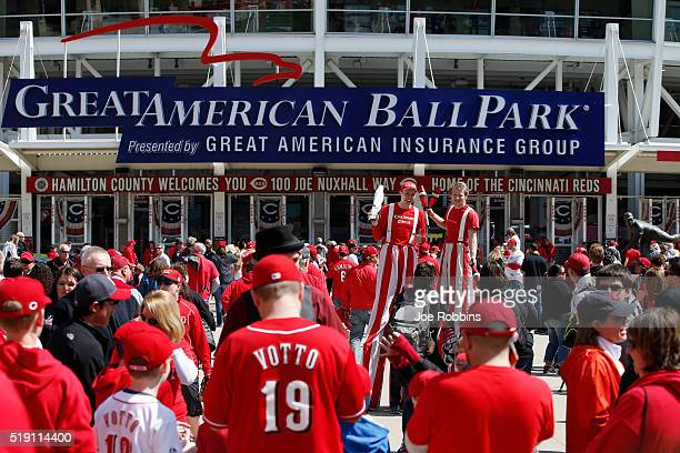 Fans get ready for the opening day game between the Philadelphia Phillies and Cincinnati Reds at Great American Ball Park on April 4 2016 in...
