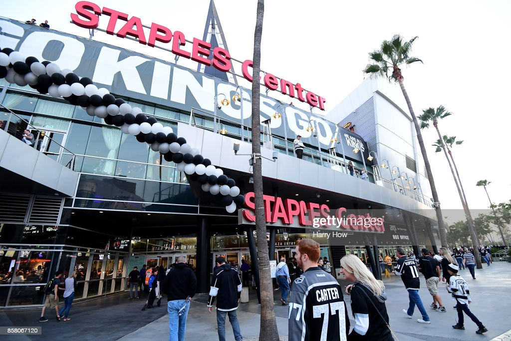 Fans head to the entrance for opening night of the Los Angeles Kings 2017-2018 season against the Philadelphia Flyers at Staples Center on October 5, 2017 in Los Angeles, California.