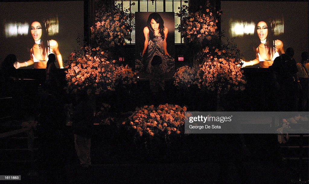 Funeral for Late R&B Singer Aaliyah : News Photo
