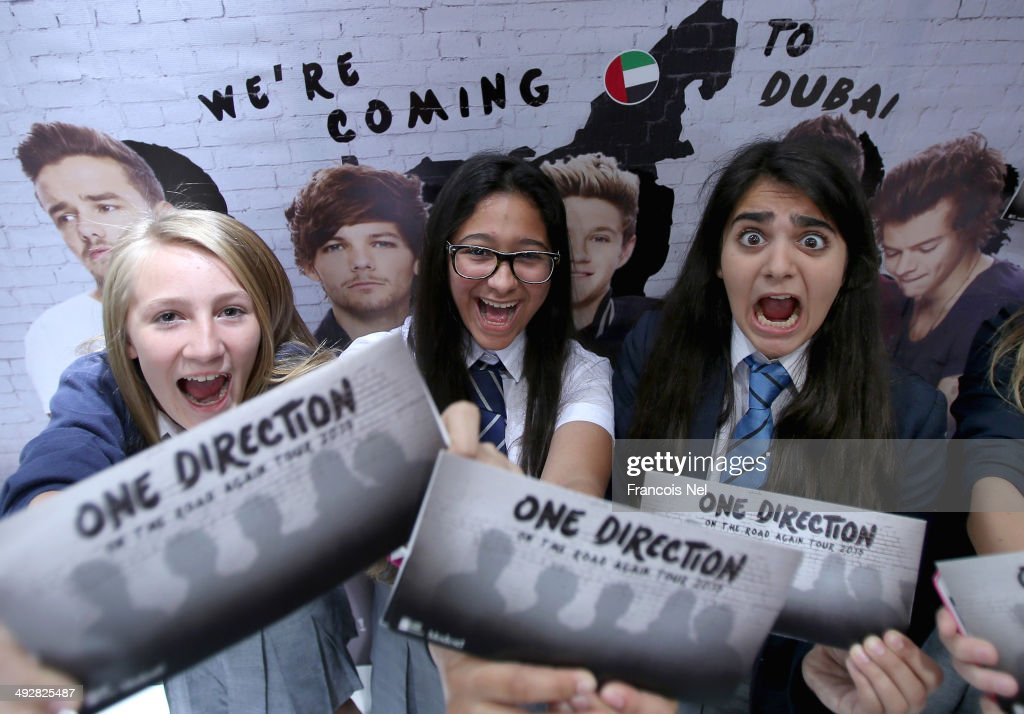 One Direction Fans Queue for Tickets : News Photo