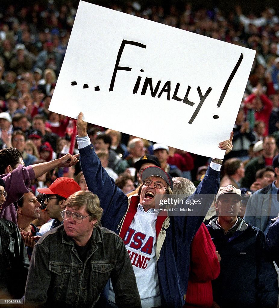 Cleveland Indians v Atlanta Braves : News Photo