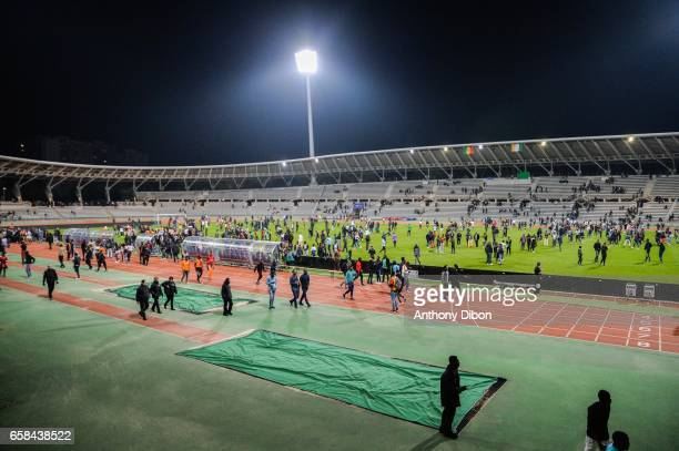 Fans invades the pitch during the friendly match between Senegal and Ivory Coast at Stade Charlety on March 27 2017 in Paris France