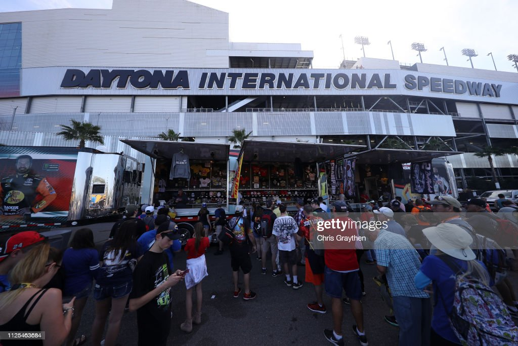 FL: Monster Energy NASCAR Cup Series 61st Annual Daytona 500