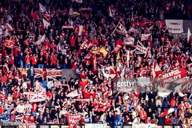 Fans Liverpool during the European Cup Final match between Liverpool FC and Real Madrid CF at Parc des Princes Paris France on 27th May 1981