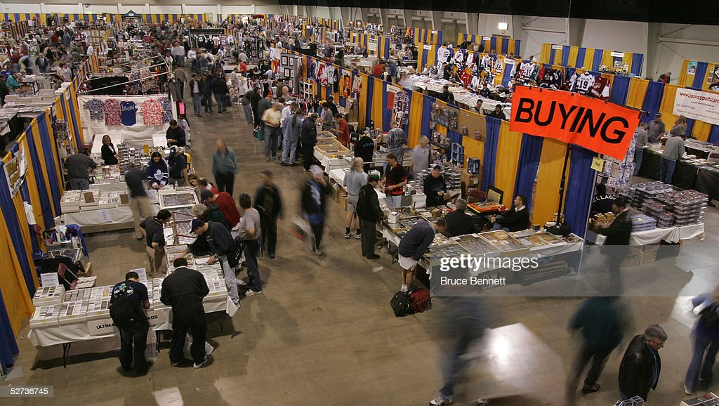 sport card and memorabilia spring expo photos and images getty images