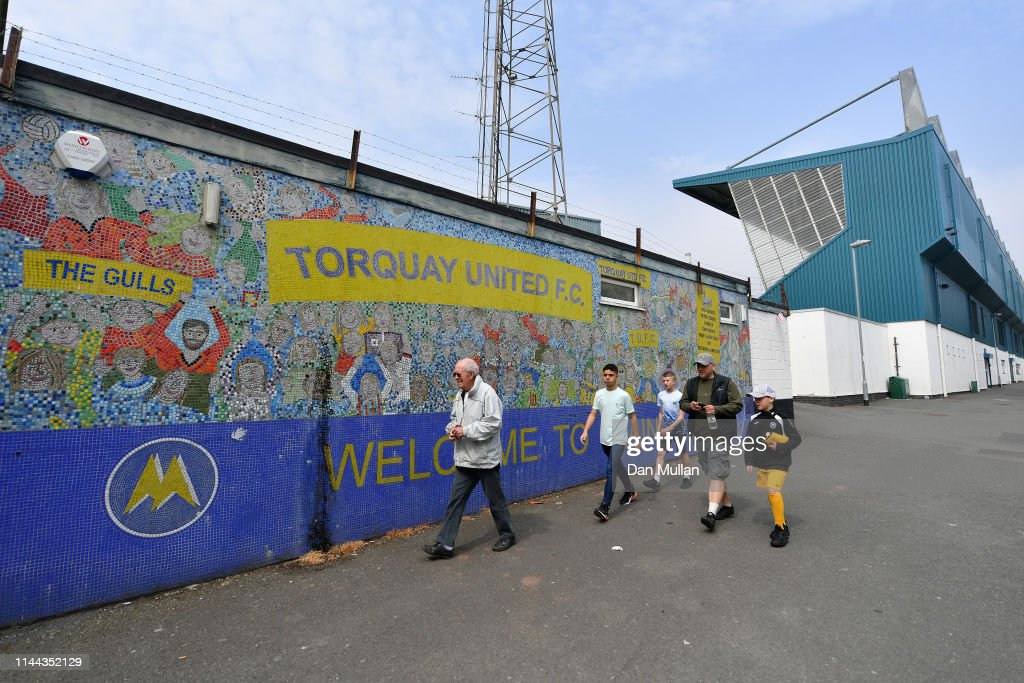 GBR: Torquay United v Hungerford Town - Vanarama National League South
