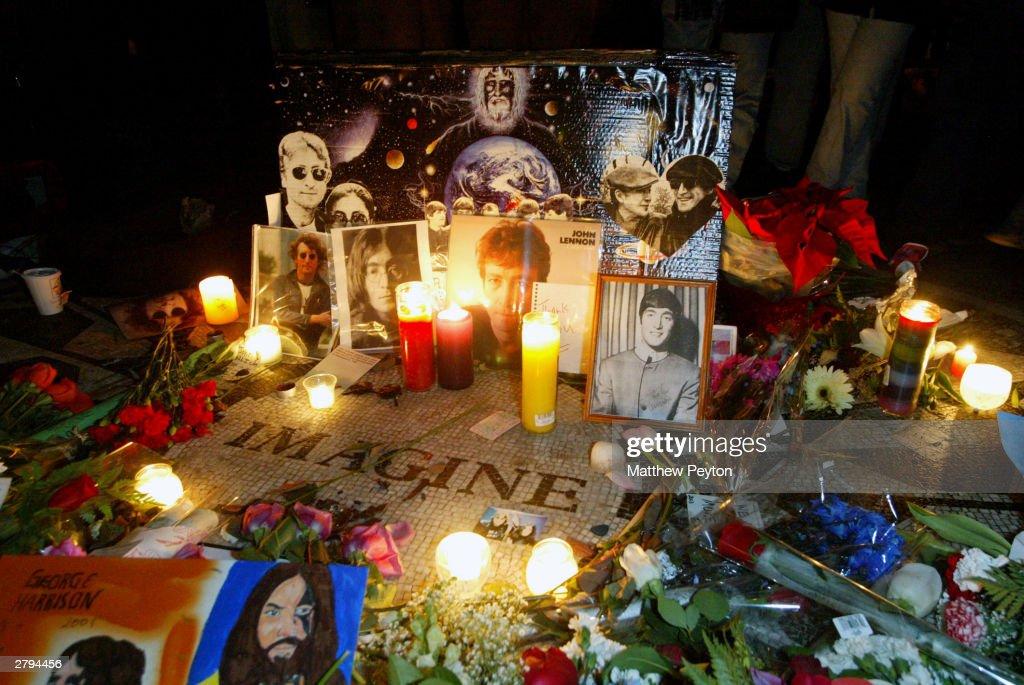 Anniversary of John Lennon's Death in New York : Foto jornalística