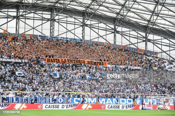 Fans Marseille with a banner Che GUEVARA during the Ligue 1 Uber Eats match between Marseille and Rennes at Orange Velodrome on September 19, 2021 in...