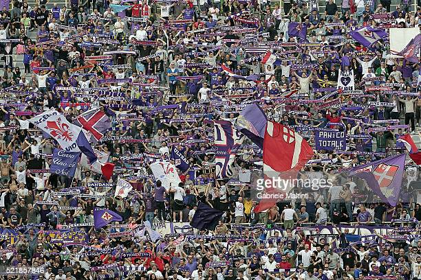 Fans of ACF Fiorentina during the Serie A match between ACF Fiorentina and US Sassuolo Calcio at Stadio Artemio Franchi on April 17, 2016 in...