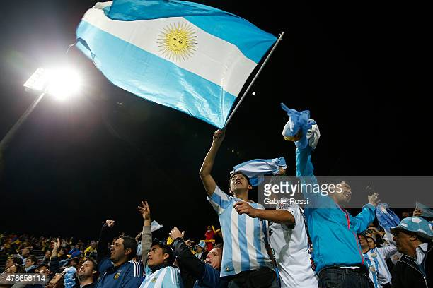 Fans of Argentina cheer for their team prior the 2015 Copa America Chile quarter final match between Argentina and Colombia at Sausalito Stadium on...