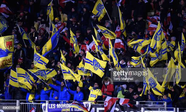 Fans of ASM Clermont Auvergne during the European Rugby Champions Cup match between Saracens and ASM Clermont Auvergne at Allianz Park on December 11...