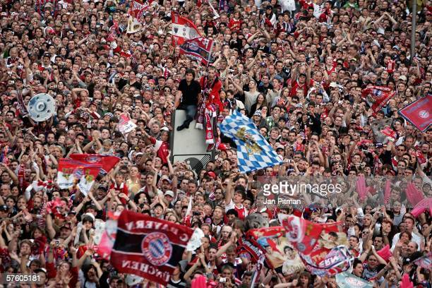 Fans of Bayern Munich celebrate on the Marienplatz square on May 13 2006 in Munich Germany Bayern Munich celebrates the 20th German football...