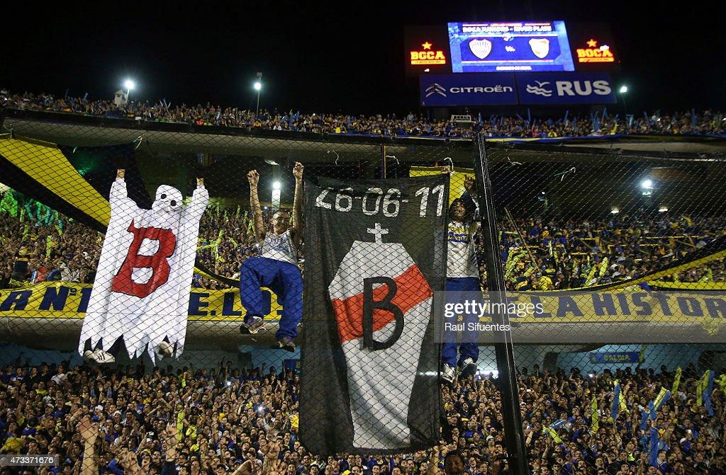 Boca Juniors v River Plate - Copa Bridgestone Libertadores 2015 : News Photo