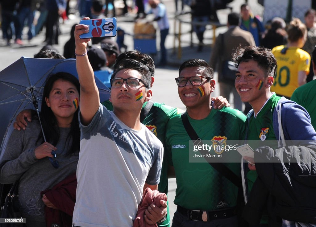 Fans of Bolivia take pictures prior to a match between Bolivia and Brazil as part of FIFA 2018 World Cup Qualifiers at Hernando Siles Stadium on October 05, 2017 in La Paz, Bolivia.