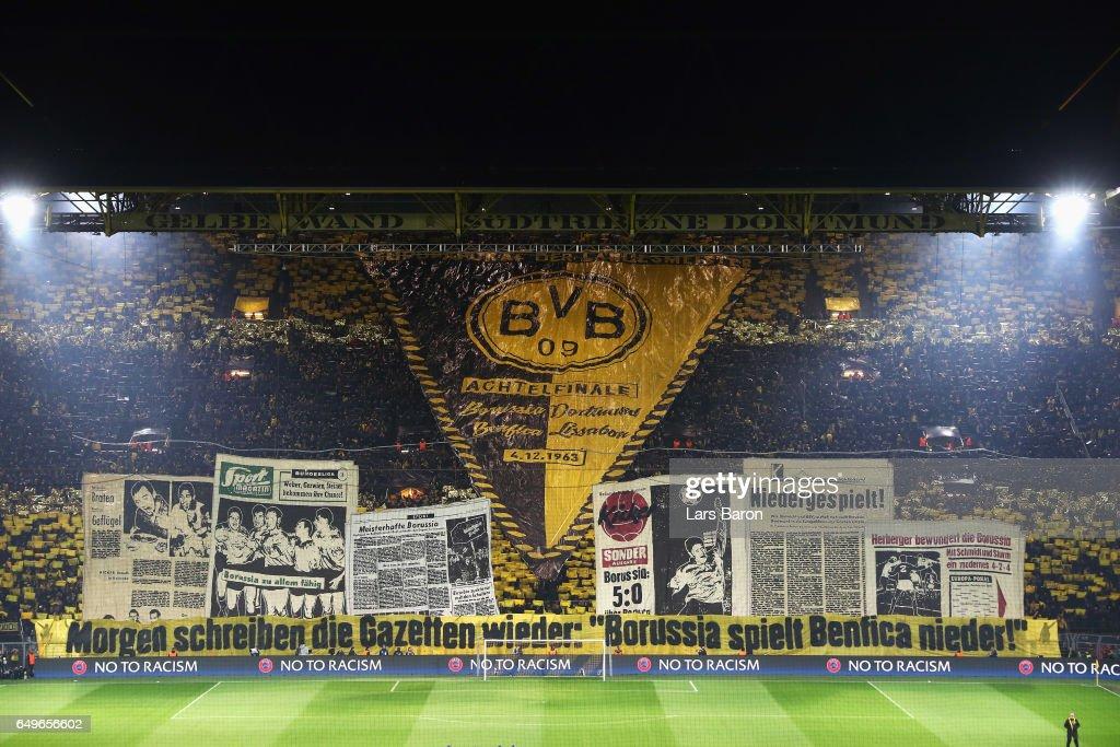 Borussia Dortmund v SL Benfica - UEFA Champions League Round of 16: First Leg : News Photo