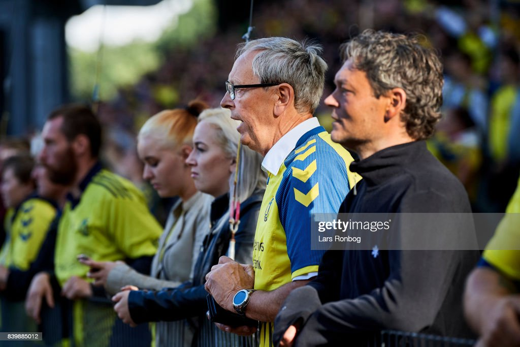 Fans of Brondby IF looks on during the Danish Alka Superliga match between Brondby IF and AC Horsens at Brondby Stadion on August 27, 2017 in Brondby, Denmark.
