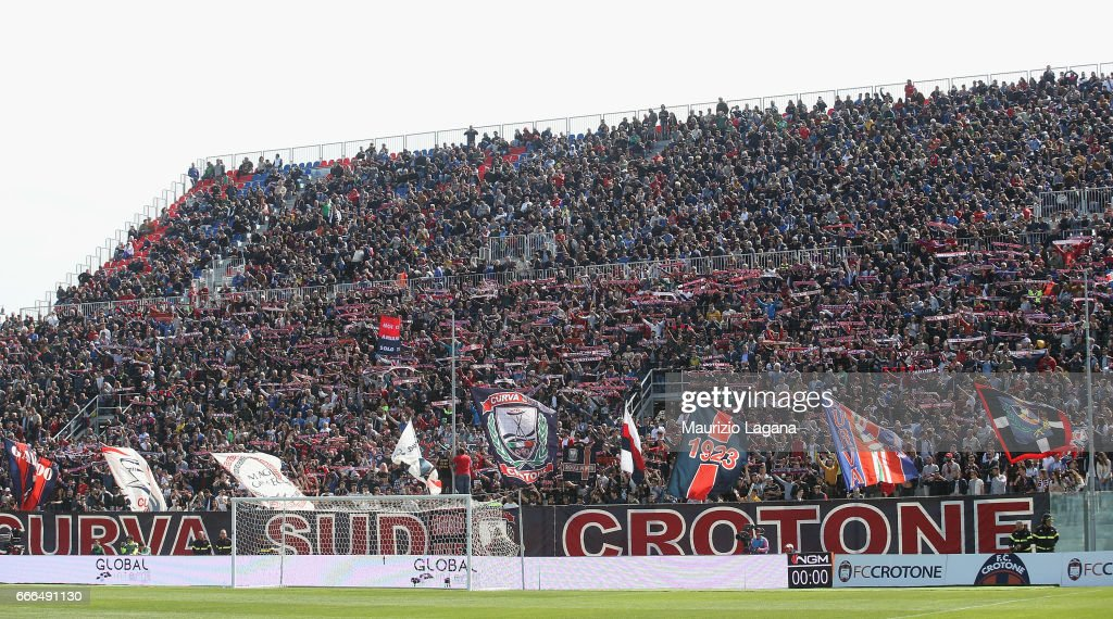 Fans of Crotone during the Serie A match between FC Crotone and FC Internazionale at Stadio Comunale Ezio Scida on April 9, 2017 in Crotone, Italy.