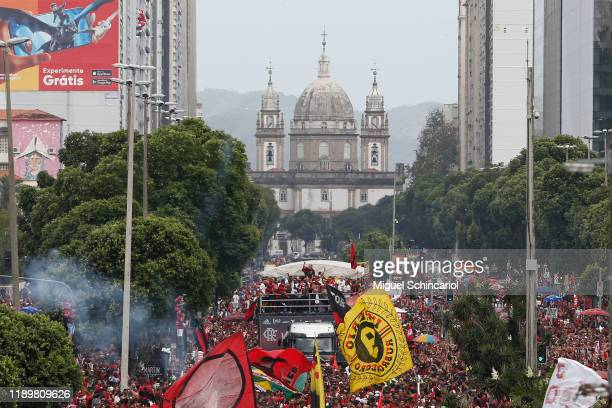 Fans of Flamengo gather to see their team on a bus with the trophy during the celebrations the day after Flamengo won the Copa CONMEBOL Libertadores...