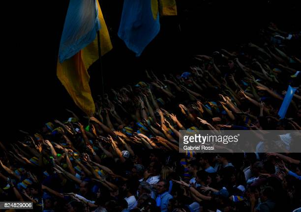 Fans of Hindu cheer for their team during a match between Hindu Club and Tala Rugby Club as part of Nacional de Clubes 2017 Final at Club Atletico...