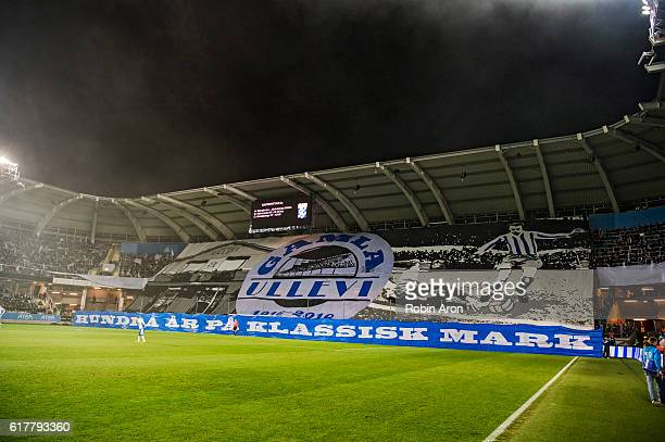 Fans of IFK Goteborg holds up tifo during the Allsvenskan match between IFK Goteborg and AIK at Gamla Ullevi on October 24 2016 in Gothenburg Sweden