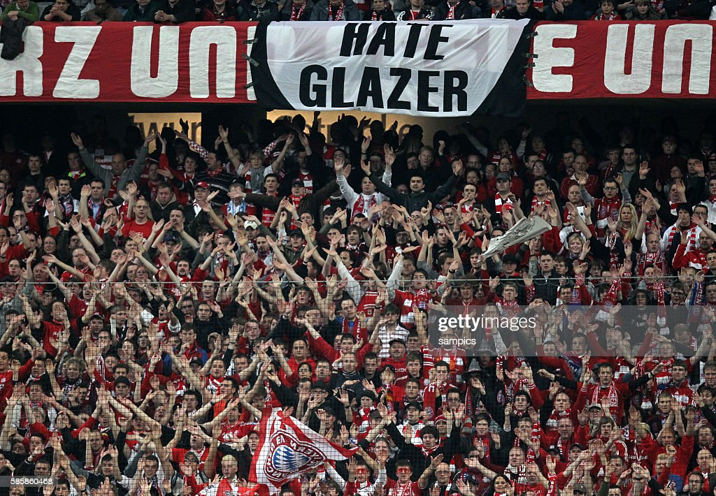 Fans of Manchester enrole a banner for the 'Hate Glazer, Love United' campaign