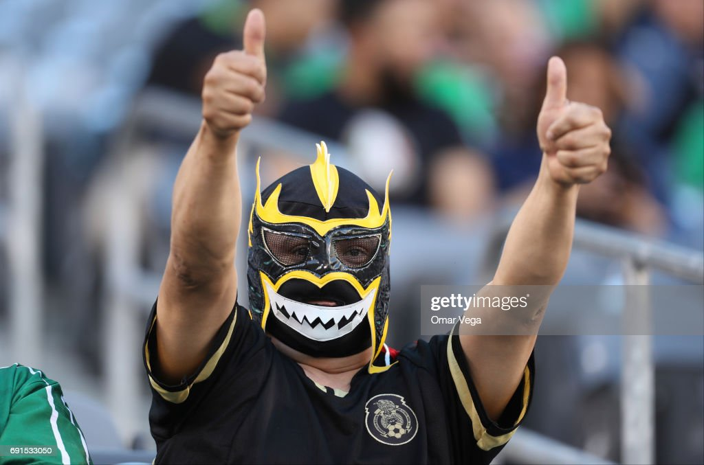 Fans of Mexico cheer prior to the friendly match between the Republic of Ireland and Mexico at MetLife Stadium on June 01, 2017 in East Rutherford, NJ.