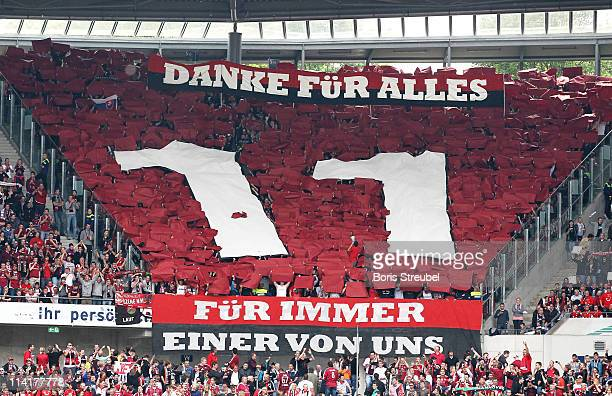 Fans of Nuernberg say goodbye to Marek Mintal during the Bundesliga match between Hannover 96 and 1 FC Nuernberg at AWD Arena on May 14 2011 in...