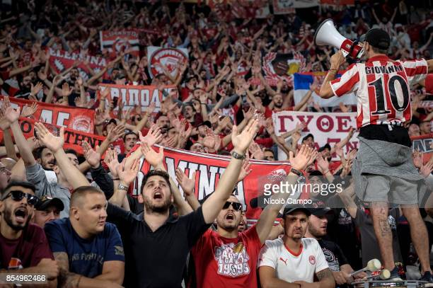 Fans of Olympiacos FC show their support prior to the UEFA Champions League Group D match between Juventus FC and Olympiacos FC Juventus FC win 20...
