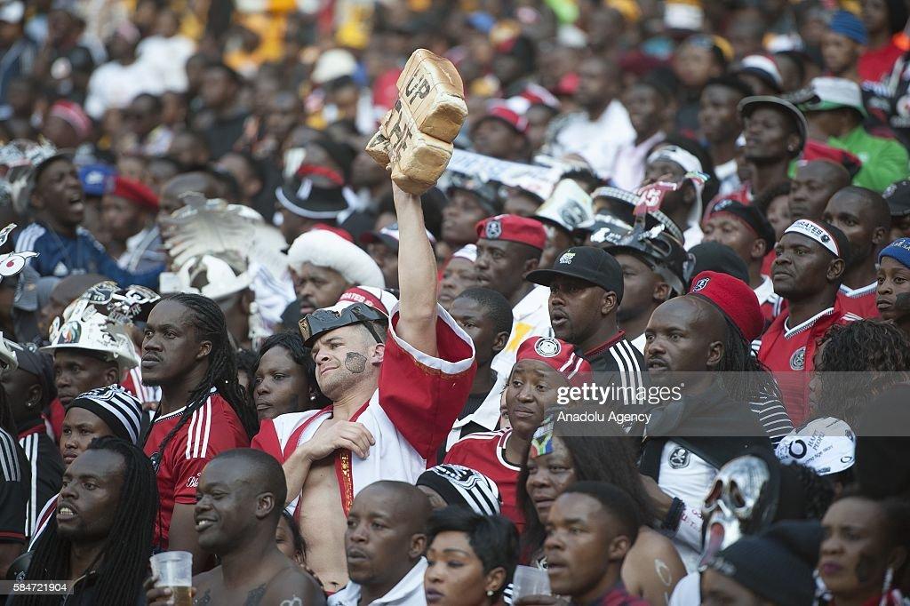 Kaizer Chiefs v Orlando Pirates - 2016 Carling Black Label Cup  : News Photo