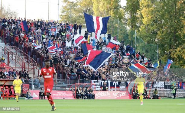 Fans of Paris SaintGermain react during the Ligue 1 match between Dijon FCO and Paris Saint Germain at Stade GastonGerard on October 14 2017 in Dijon