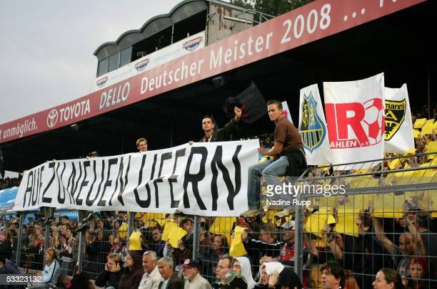 Fans of Pauli during the match of the Third Bundesliga between FC St Pauli and Rot Weiss Erfurt on August 3 2005 in Hamburg Germany