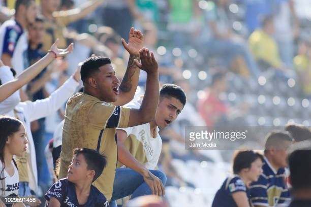 Fans of Pumas cheer during the 8th round match between Leon and Pumas UNAM as part of the Torneo Apertura 2018 Liga MX at Leon Stadium on September 1...