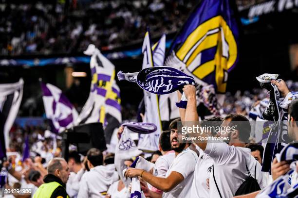Fans of Real Madrid cheers during the UEFA Champions League 201718 match between Real Madrid and Tottenham Hotspur FC at Estadio Santiago Bernabeu on...