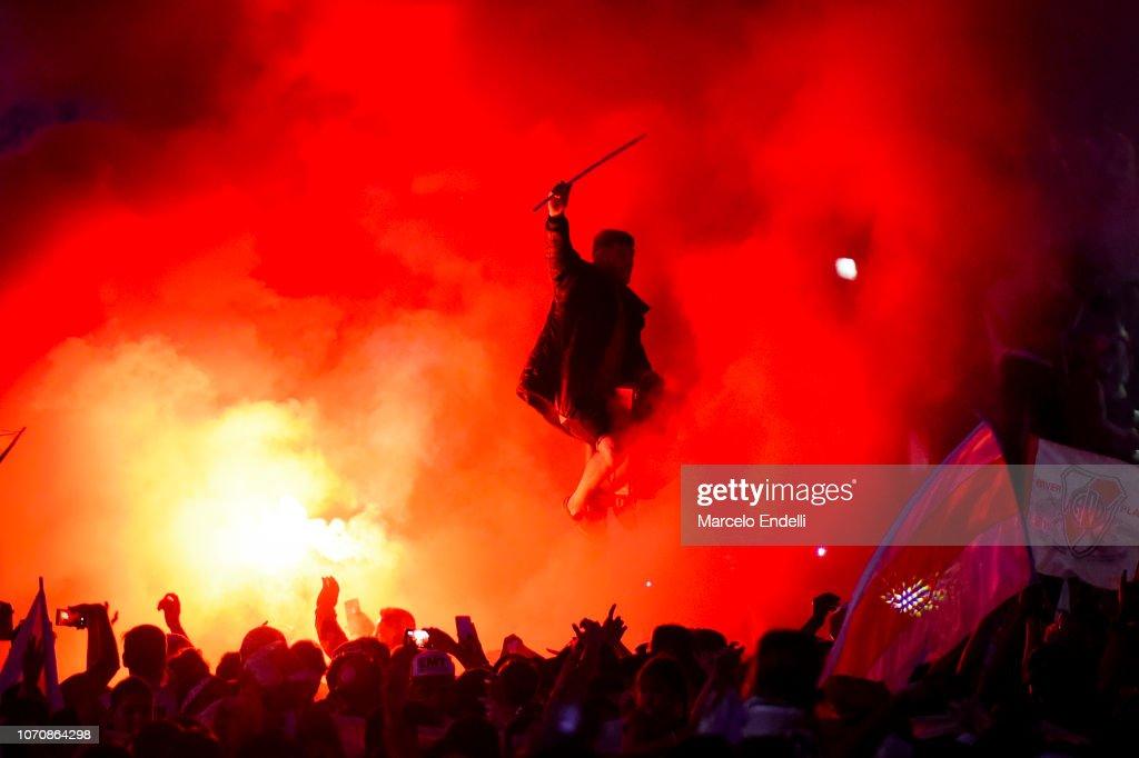 River Fans Celebrate Winning the Copa CONMEBOL Libertadores 2018 : News Photo
