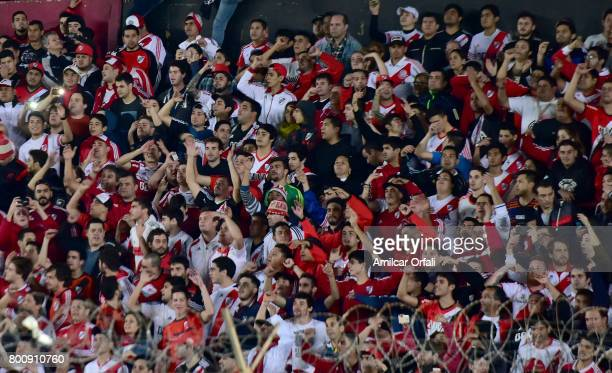 Fans of River Plate cheer for their team during a match between Colon and River Plate as part of Torneo Primera Division 2016/17 at Brigadier Lopez...