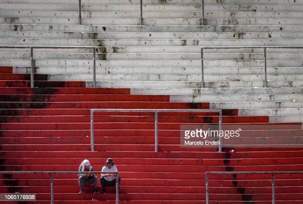 Fans of River Plate look on prior the second leg of the final of Copa CONMEBOL Libertadores 2018 between River Plate and Boca Juniors at Estadio...