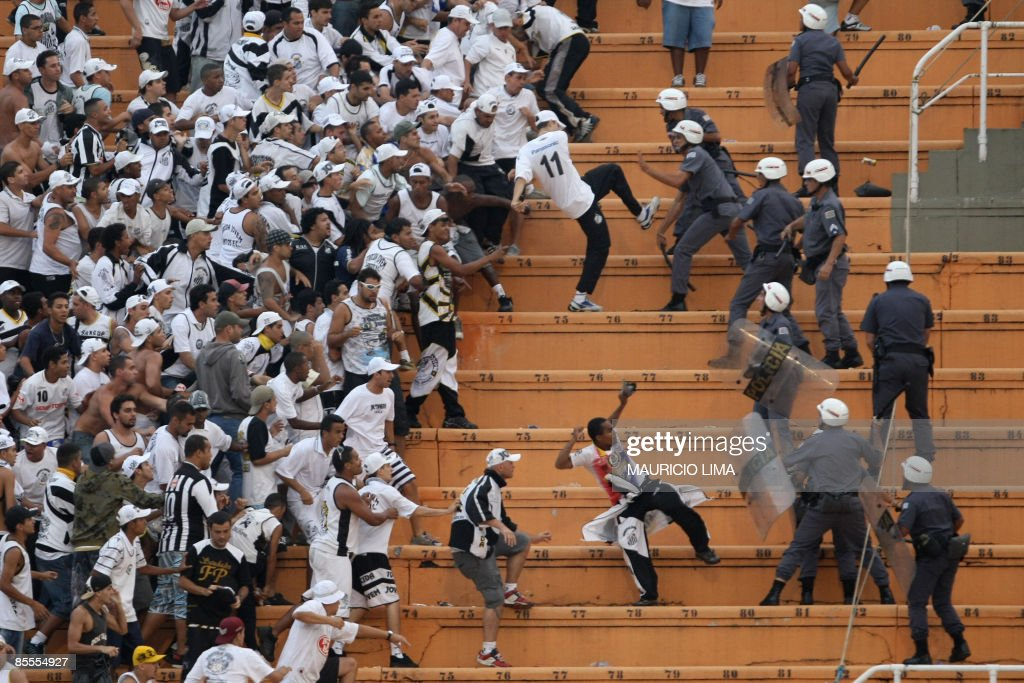 Fans of Santos clash with the police at : News Photo