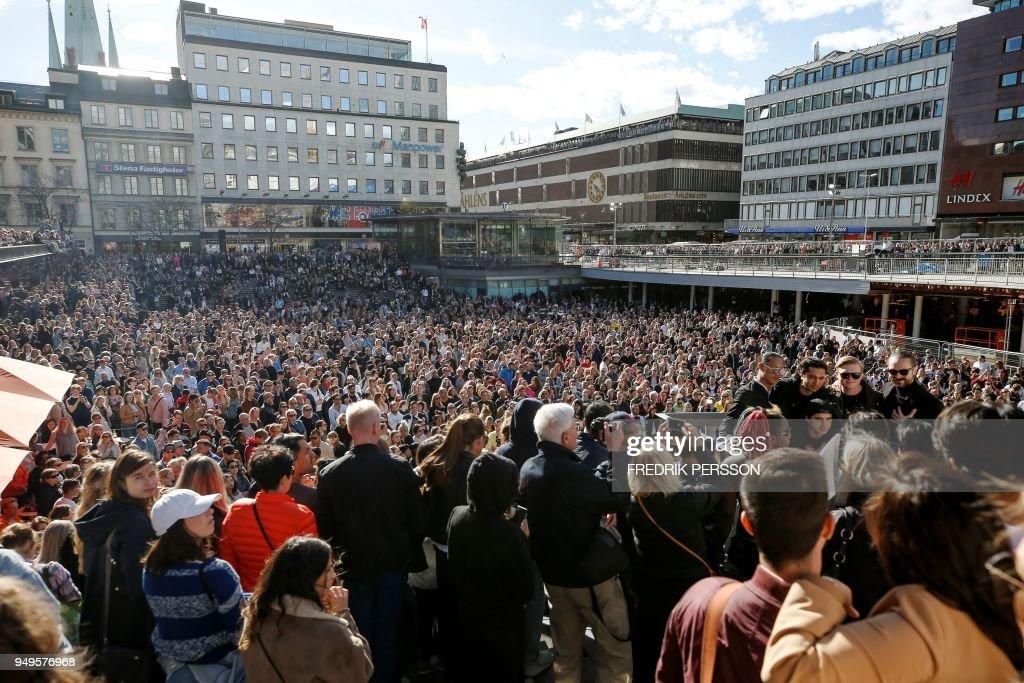 SWEDEN-MUSIC-OBIT-AVICII : ニュース写真