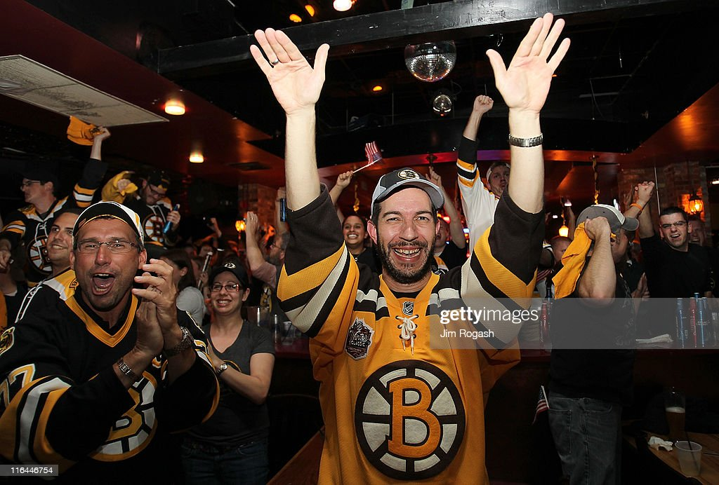 Fans Gather in Boston to Watch Game Seven of the NHL Stanley Cup Final : News Photo