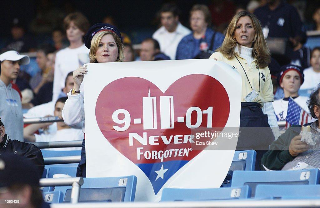Orioles v Yankees : News Photo