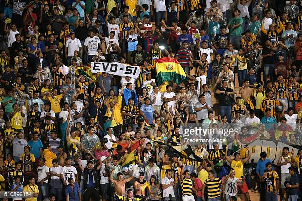 Fans of The Strongest celebrates during a match between Sao Paulo v The Strongest as part of Group 1 of Copa Bridgestone Libertadores at Pacaembu...