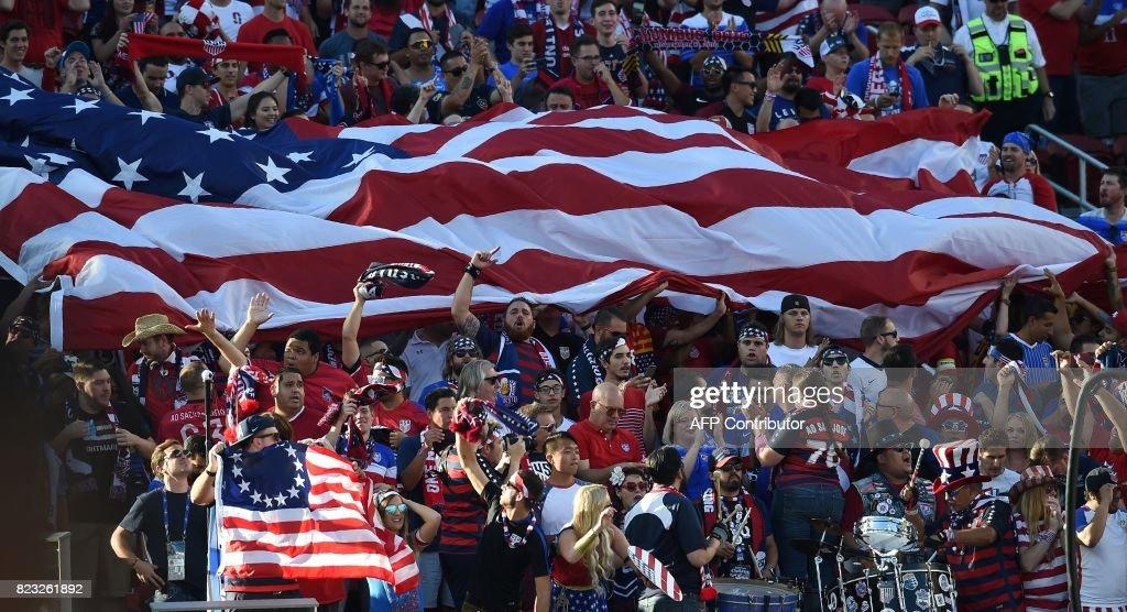 FBL-CONCACAF-GOLD CUP-FINAL-JAM-USA : News Photo