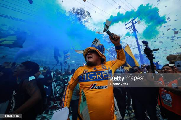 Fans of Tigres cheers prior the Final first leg match between Tigres UANL and Leon as part of the Torneo Clausura 2019 Liga MX at Universitario...