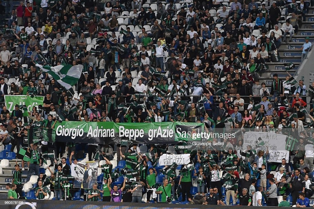 Fans of US Sassuolo during the serie A match between US Sassuolo and AS Roma at Mapei Stadium - Citta' del Tricolore on May 20, 2018 in Reggio nell'Emilia, Italy.