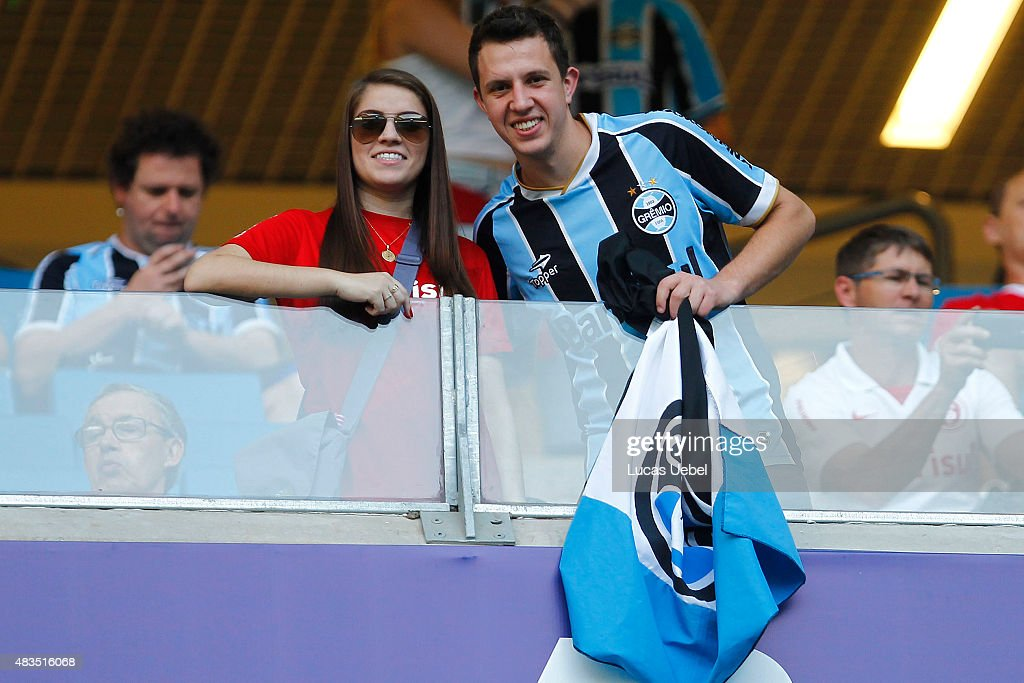 Fans os Gremio and Internacional support their time togheter before the match  Gremio v Internaciona as 492930ae27d5b