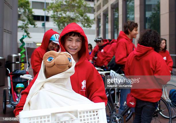 Fans pay homage to ET The ExtraTerrestrial at a free screening at FIGat7th celebrating the films 30th Anniversary and forthcoming release on Bluray...