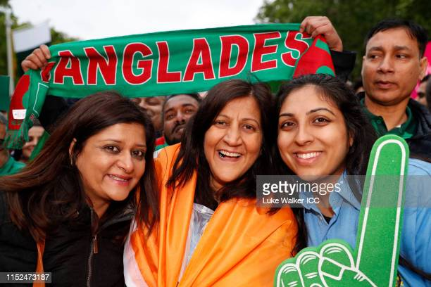Fans pose for a photo during the ICC Cricket World Cup 2019 Opening Party at The Mall on May 29 2019 in London England