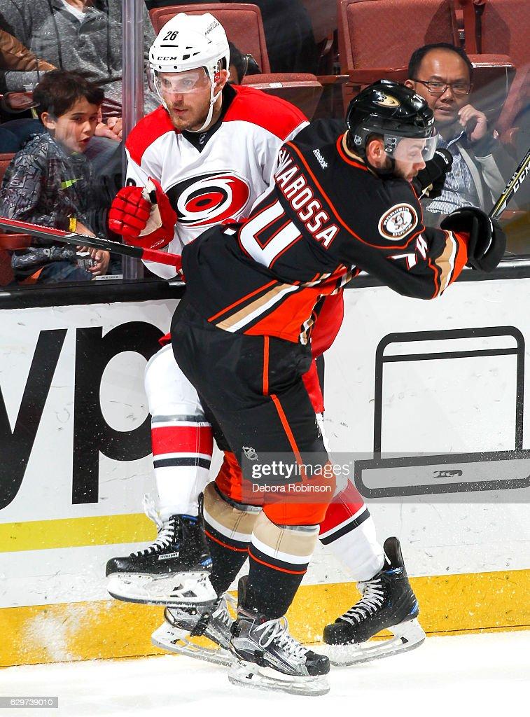 Carolina Hurricanes v Anaheim Ducks