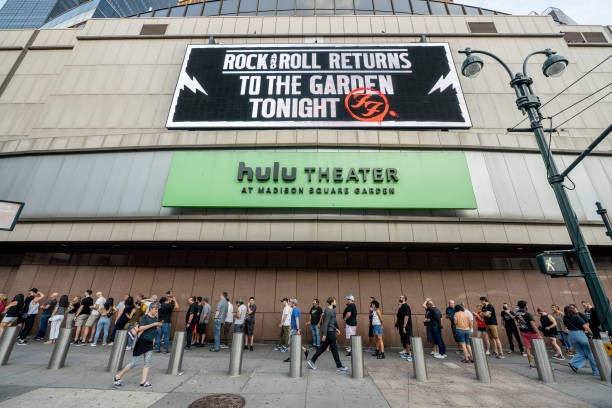 NY: Madison Square Garden Reopens With The First Full Capacity Concert Since March 2020
