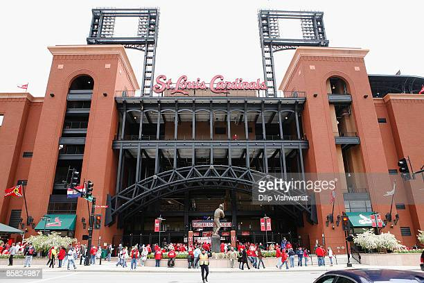 Fans stand outside Busch Stadium prior to the opening day game between the St. Louis Cardinals and the Pittsburgh Pirates at Busch Stadium April 6,...